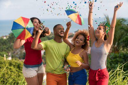 Entenda como fazer uma festa de carnaval inesquecível