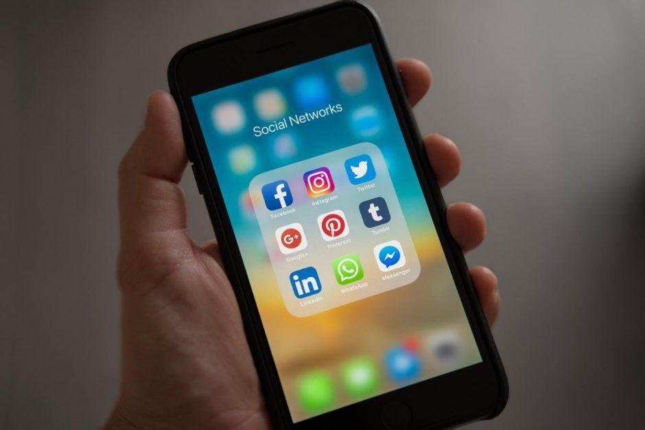 Divulgar vaquinha internet: smartphone